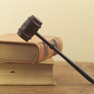 Gavel on lawbooks