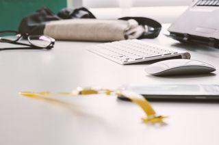 2015-02-Life-of-Pix-free-stock-photos-watch-desk-keyboard-damian-zaleski