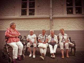 Elders pexels-photo-272864