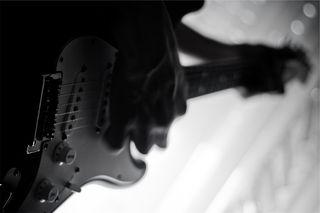 Guitar bw