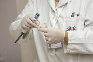 Medic-hospital-laboratory-medical-40559