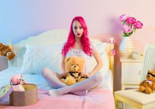 Pexels-pink bedroom