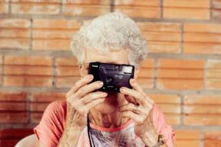 LO Lady camera
