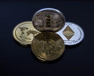 Bitcoin pexels-photo-843700