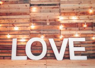 Love pexels-photo-1097065